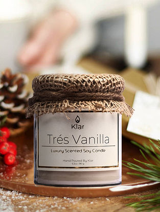 Tres Vanilla - Luxury Scented Handpoured Soy Candle (6.3 oz)