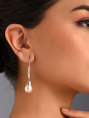 White Silver Earrings with Pearls
