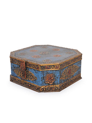 Vintage Handmade Iron Painted Box (L - 11.2in, W - 10.2in, H - 4in)