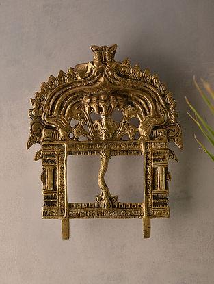 Brass Prabhavali (L-6.5in, W-5.2in)