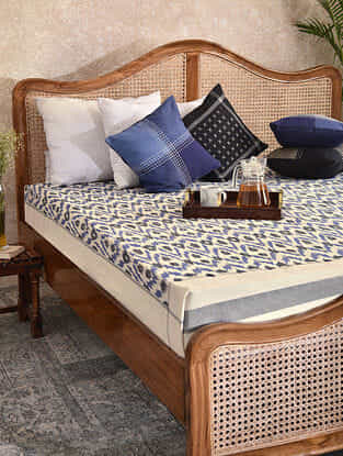 Blue and Black Handloom Ikat Cotton Double Bedcover (90in x 108in)