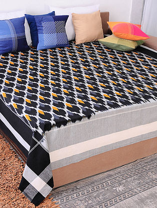 Black and Ochre Handloom Ikat Cotton Double Bedcover (90in x 108in)