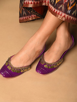 Purple Handcrafted Leather Juttis