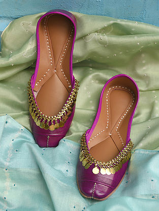 Purple Handcrafted Leather Juttis