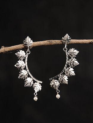 Chinaar Patta Silver Earrings