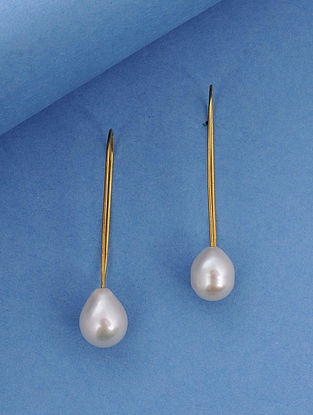 Gold Tone Silver Earrings With Fresh Water Pearls