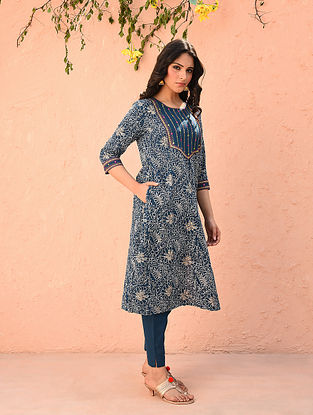 Blue Embroidered Cotton Printed Kurta