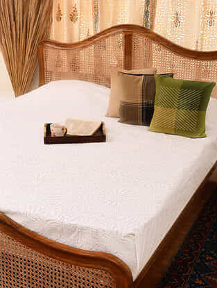 Hand Crafted Applique Cotton Double Bedcover (L - 110in, W - 88in)