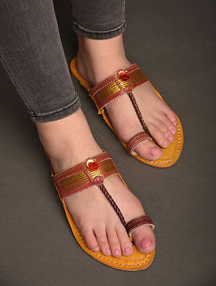Maroon Yellow Handcrafted Genuine Leather Kolhapuri Flats