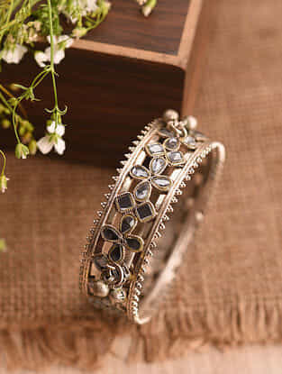 Vintage Afghan Silver Openable Bangle (Size: 2/5)