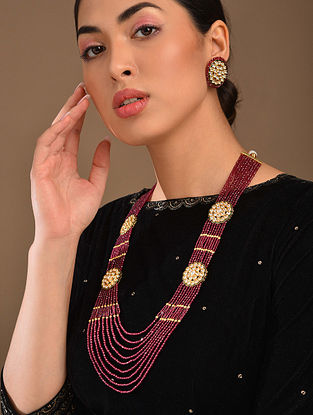 Maroon Gold Tone Kundan Beaded Necklace With Earrings
