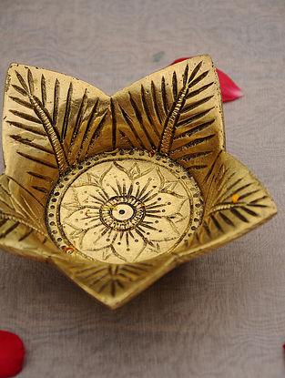 Brass Handcrafted Leaf Diya (L - 5in, W - 5in, H - 1.5in)