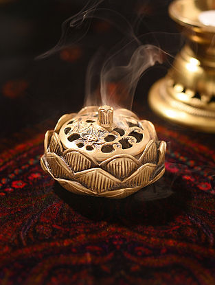 Brass Handcrafted Lotus Dhoop Burner with Lid (L - 3.7in, W - 3.7in, H - 2.2in)