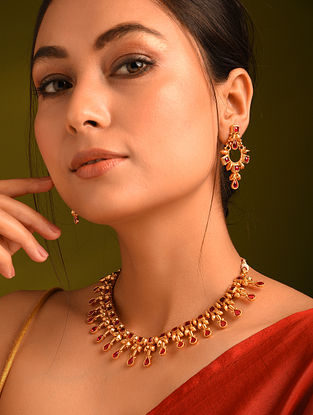 Red Gold Tone Temple Necklace With Earrings