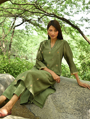 Olive Hand Embroidered Silk Cotton Kurta and Pants (Set Of 2)
