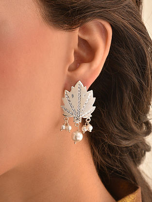 Tribal Chinar Silver Earrings with Pearls