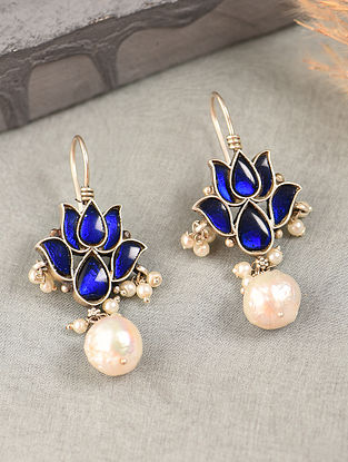 Blue White Silver Earrings with Kempstone