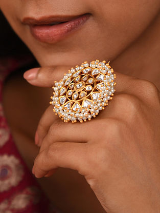 Gold Tone Silver Foiled kundan adjustable Ring With Pearls
