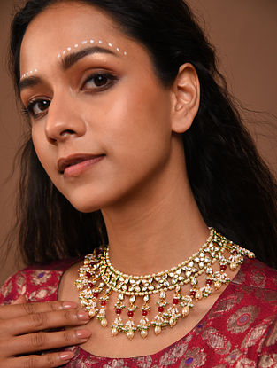 Red Gold Tone Silver Foiled kundan Necklace with pearls