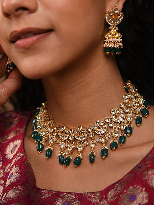 Green Gold Tone Silver Foiled kundan Necklace With Earrings