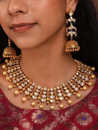 Gold Tone Silver Foiled kundan Necklace With Earrings
