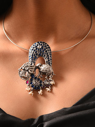 Blue Maroon Kempstone Encrusted Temple Silver Pendant with Pearls
