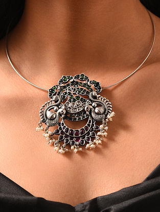Green Maroon Kempstone Encrusted Silver Pendant with Pearls