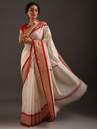 Off White-Red Handwoven Amber Charkha Jamdani Cotton Saree