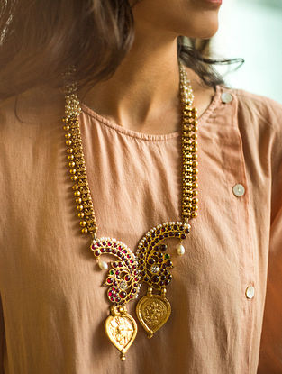 Maroon Gold Plated Temple Silver Necklace With Pearls