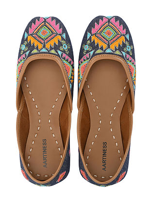 Multicolored Hand Embroidered Faux Leather Juttis