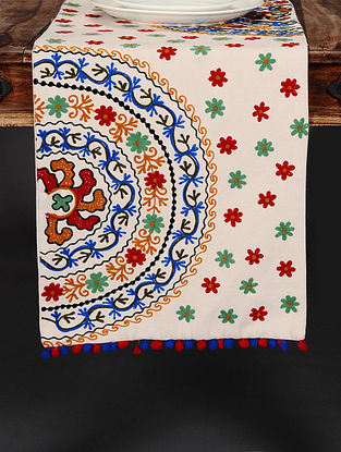 Suzzani Off-White Hand Crewel-Embroidered Cotton Table Runner (36in x 14in)