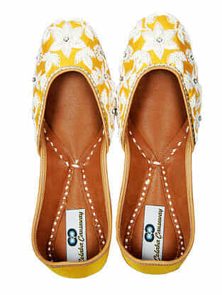 Yellow Handcrafted Silk and Leather Juttis