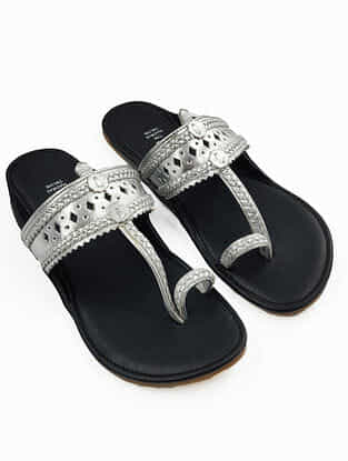 Silver Handcrafted Leather Kolhapuri Flats