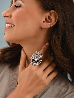 Dual Tone Kundan Silver Adjustable Ring With Pearl