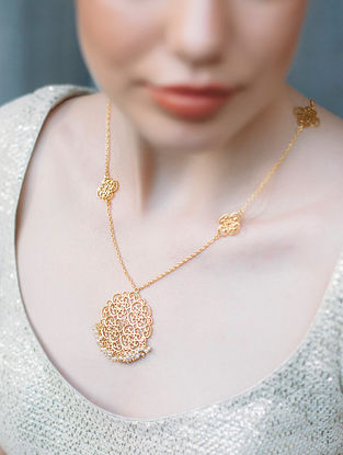 Gold Plated Necklace with Pearls