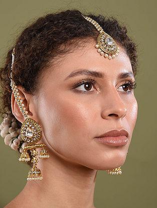 Gold Tone Pearl Beaded Kundan Earrings With  Maang Tikka
