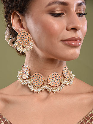 Peach Gold Tone Kundan Enameled Necklace And Earrings With Pearls