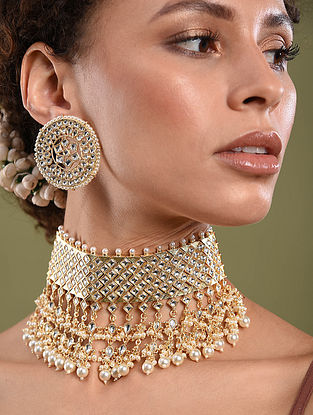 Gold Tone Pearl Beaded Necklace With Earrings