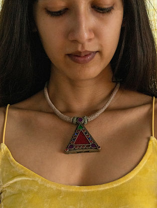 Red Green Silver Tone Handcrafted Thread Necklace