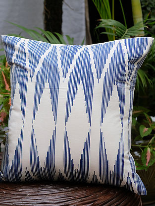 Chevron Cream and Navy Cotton Cushion Cover (16in x 16in)