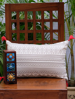 Ashkal Cream and Grey Printed Cotton Cushion Cover (18in x 12in)