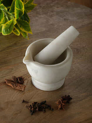 White Marble Mortar and Pestle (Dia - 4.5in, H - 3.5in)