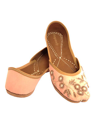 Powder Pink Hand Embroidered Genuine Leather Juttis