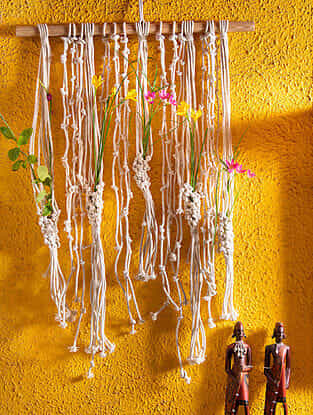 White Handmade Macrame Thread Flowers Hanger with Wood Rod (24in x 24in)
