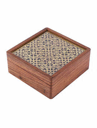 Pavitra Sheesham Brown Handcrafted Wood and Brass Mukhwas Box (L - 5.5in, W -5.5in, H - 2.5in)