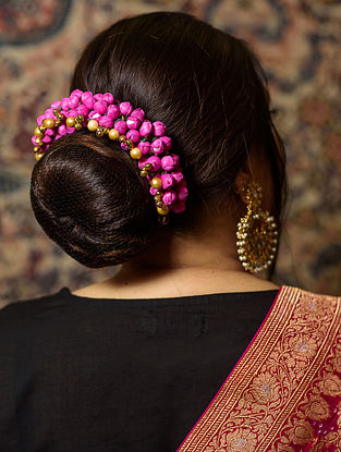 Pink Gold Tone Handcrafted Gajra With Pearls