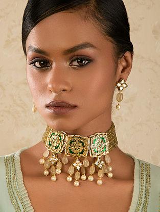 Green Gold Tone Kundan Enameled Necklace And Earrings With Agate And Quartz