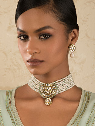 Green White Gold Tone Kundan Beaded Necklace And Earrings With Pearls And Agate
