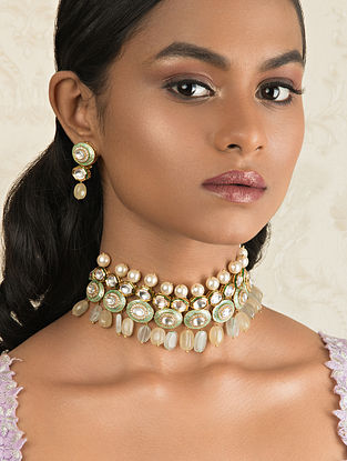 Green Gold Tone Kundan Enameled Necklace And Earrings With Pearls And Quartz