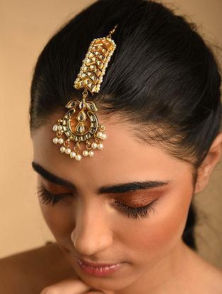 Gold Plated Pearl Beaded Kundan Maangtikka